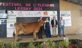 5729 (VJ PICK) au GAEC d'ETOUPPEVILLE s'impose à la foire de Lessay !